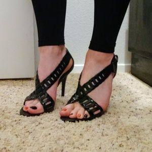GUESS Caged-Strappy BLK Heels SZ 9.5